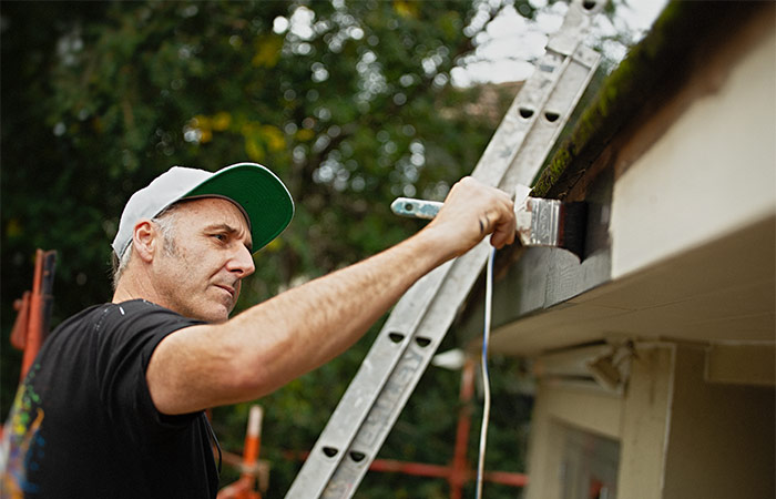 south-yarra-painting-home-services-working-01